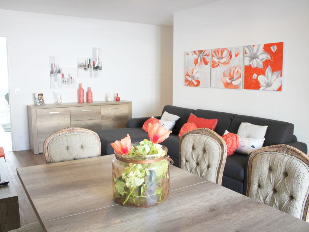 CHESSY 1 Grand appartement pour 8 RER Val d\'Europe • Abithea Holidays